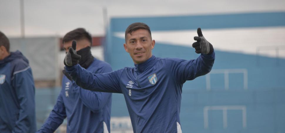Entrena Atlético Tucumán